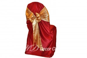 CRANBERRY-SATIN-LAMOUR-CHAIR-COVER
