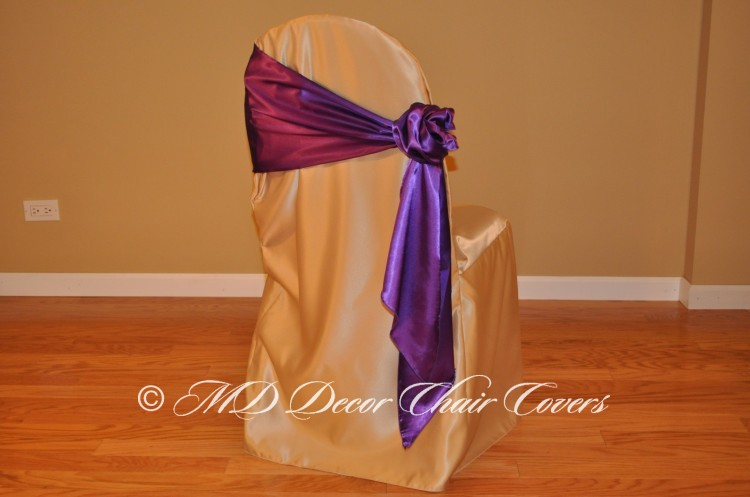 Deep Purple Rose Bow Style On The Side