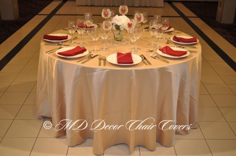 Gold-Satin-Lamour-Tablecloth